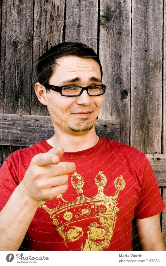 Ha! Lächerlich! Brillenträger Spaßvogel Täuschung Narren Psychoterror Gelächter lustig Witz Freude Mann Spott auslachen belächeln verhöhnen foppen hänseln