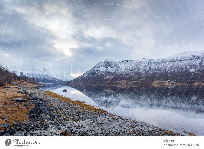 Spieglein... die Zweite :) Ferien & Urlaub & Reisen Abenteuer Ferne Winter Schnee Berge u. Gebirge Natur Landschaft Pflanze Wasser Himmel Wolken Horizont Gras