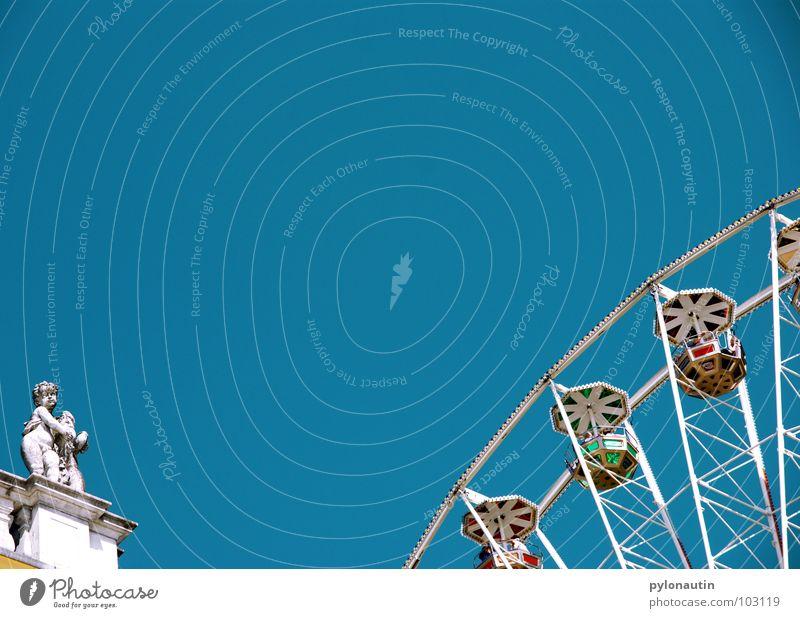 Riesenrad 3 Himmel Freude Spielen fliegen Kitsch Aussicht drehen Jahrmarkt Sitzgelegenheit Steinfigur