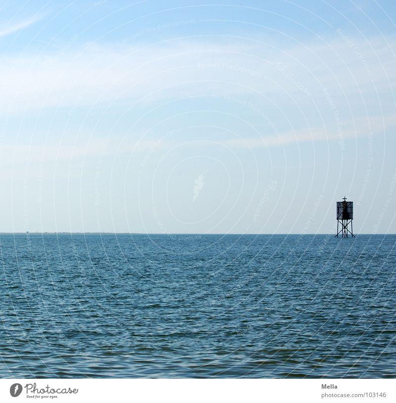 Seemannsgrab? Wasser Himmel weiß Meer blau Wolken Ferne Holz Wellen Rücken Nordsee Baugerüst