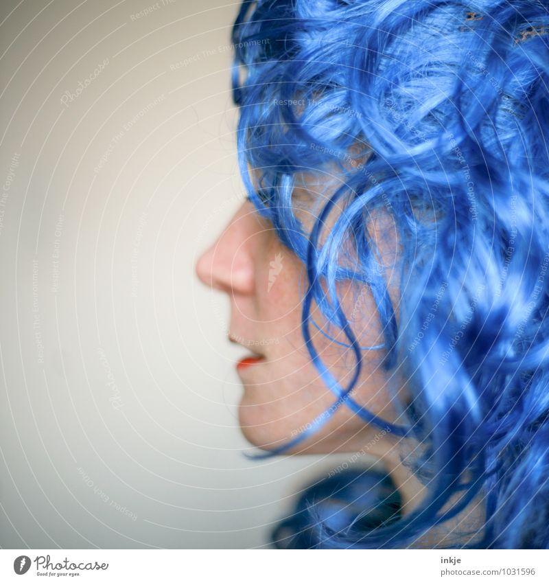 blaue Welle pt.2 Mensch Frau Farbe Freude Erwachsene Gesicht Leben Gefühle lustig Haare & Frisuren Feste & Feiern Party Lifestyle Freizeit & Hobby Karneval