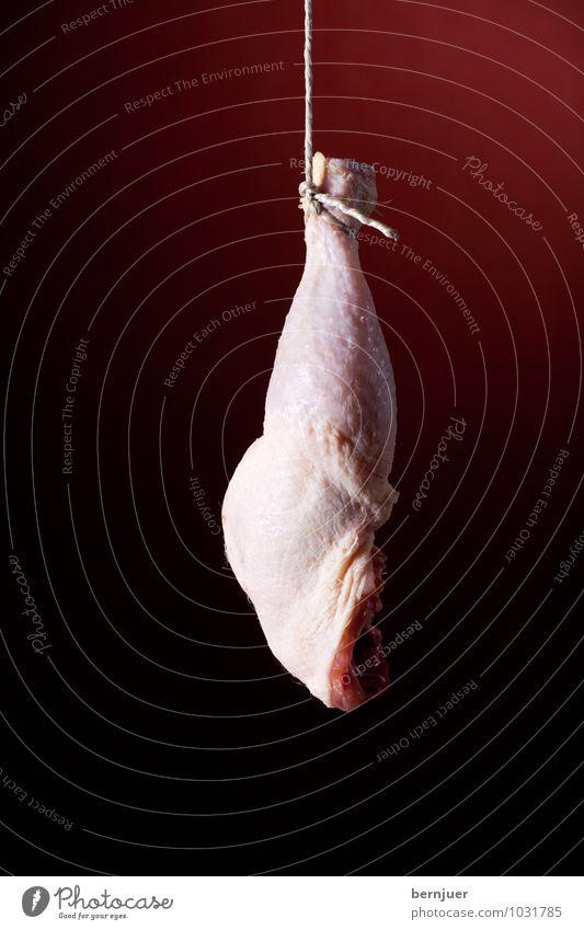 Hühnerbein, Obacht Lebensmittel Fleisch Schnur frisch rot weiß Hähnchenschenkel roh Geflügel hängend Bein Essen Zutaten kochen & garen Fett Faden Beine Haxe