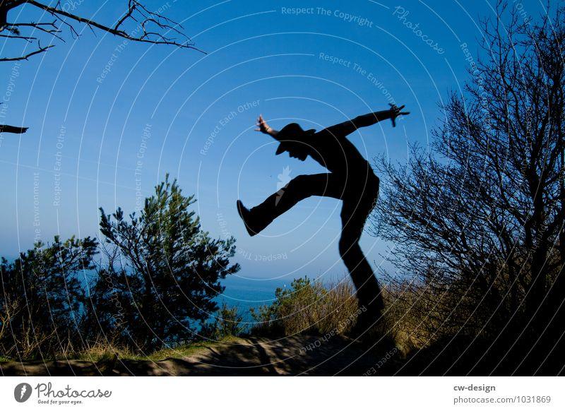 Seeluft macht lustig Mensch Natur Ferien & Urlaub & Reisen Jugendliche Mann Baum Junger Mann Freude 18-30 Jahre Erwachsene Leben Bewegung Küste Lifestyle