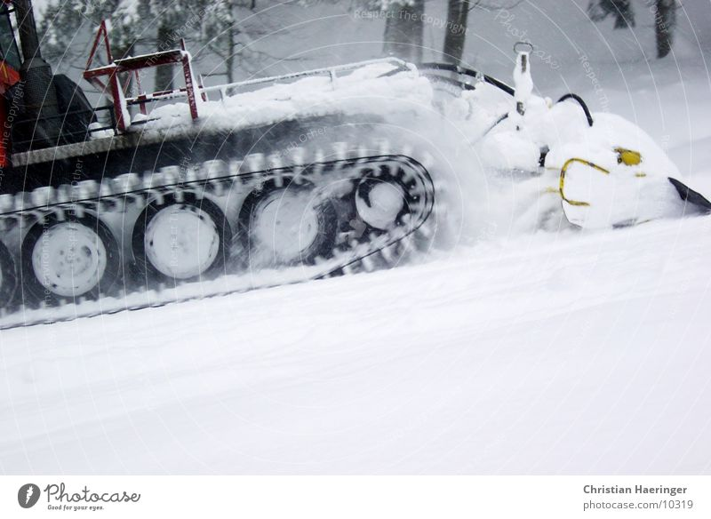 pisten bully ° 2 Winter Schnee Eis Verkehr