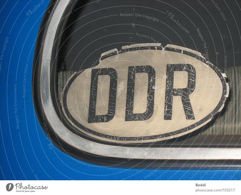 Old school PKW Schriftzeichen Buchstaben Dresden Leipzig Museum DDR Etikett