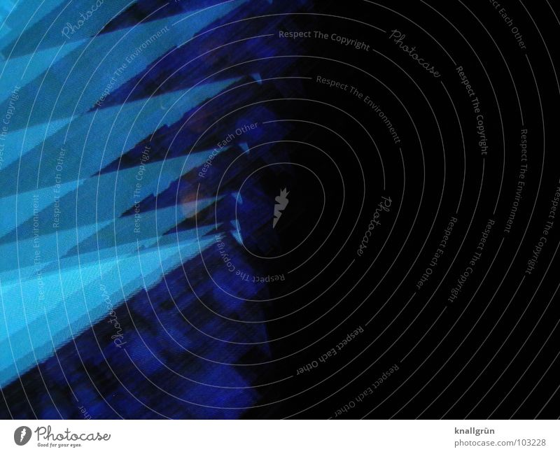 Knick blau Farbe Ecke Geometrie Hecke Verlauf eckig himmelblau Zacken hell-blau marineblau