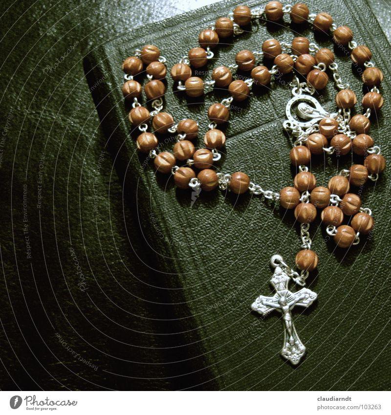 Glaubenszeichen ruhig Religion & Glaube Buch Rücken Hoffnung Vertrauen Zeichen Symbole & Metaphern Gebet Perle Kette Tradition Jesus Christus Gott Christentum Götter