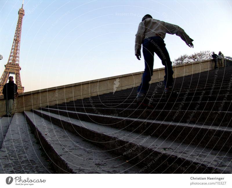 skater Paris Frankreich Tour d'Eiffel Inline Skating Europa Treppe