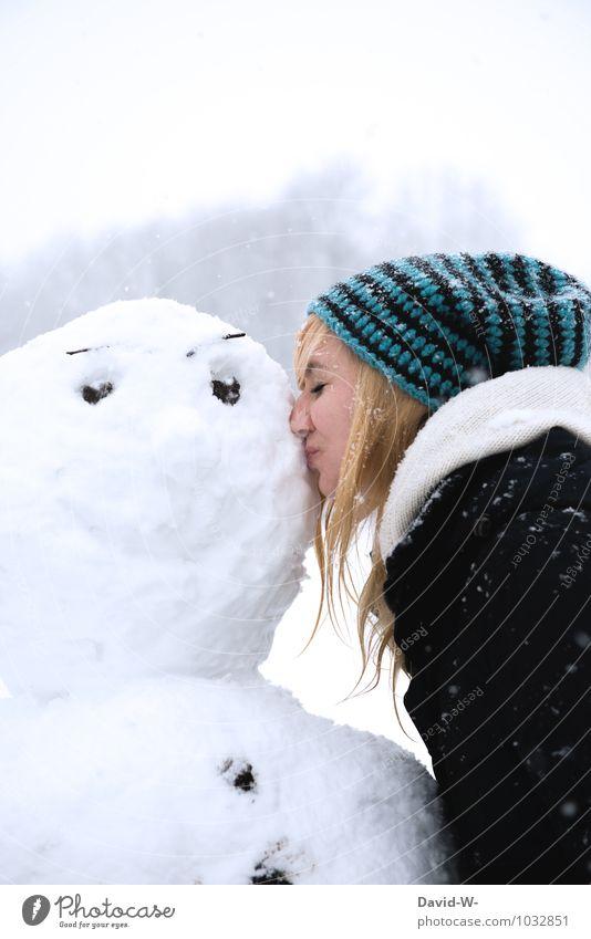 Schneekönig - so freut er sich Jugendliche schön Junge Frau weiß Freude Winter 18-30 Jahre kalt Erwachsene Liebe feminin Kopf Freundschaft Eis leuchten