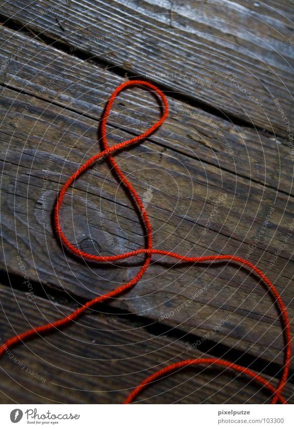 & jetzt? Leitfaden rot Holz Holzfußboden Symbole & Metaphern Zusammensein Typographie Kommunizieren Buchstaben Schriftzeichen Medien Nähgarn und Bodenbelag