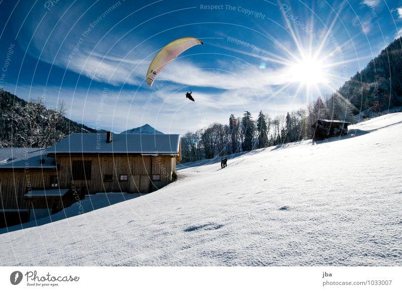 Landeanflug Natur Erholung Landschaft Haus Winter Berge u. Gebirge Leben Schnee Sport Freiheit fliegen Lifestyle Luft Freizeit & Hobby Zufriedenheit Luftverkehr