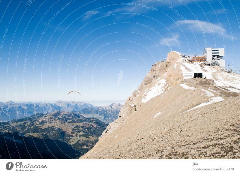 Flug Natur Erholung Landschaft ruhig Ferne Berge u. Gebirge Leben Herbst Sport Freiheit fliegen Felsen Lifestyle Luft Freizeit & Hobby Luftverkehr