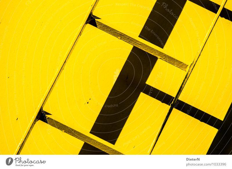 schwarz / gelb Architektur Treppe Leiter diagonal Neigung graphisch Farbfoto mehrfarbig Außenaufnahme Detailaufnahme Menschenleer Textfreiraum rechts