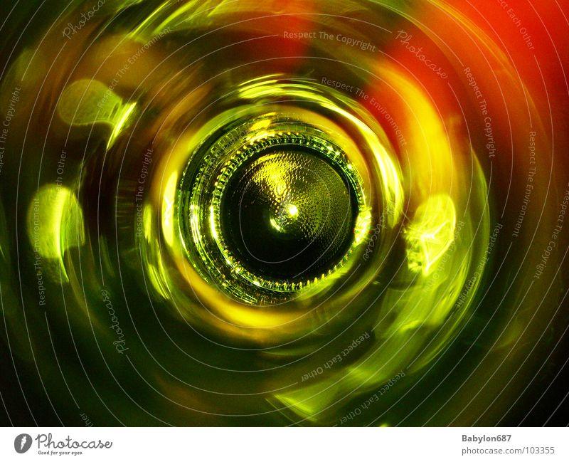 bouteille no.2 grün Rotwein Farbe Flasche Reflexion & Spiegelung Perspektive Glas Bodenbelag Wein