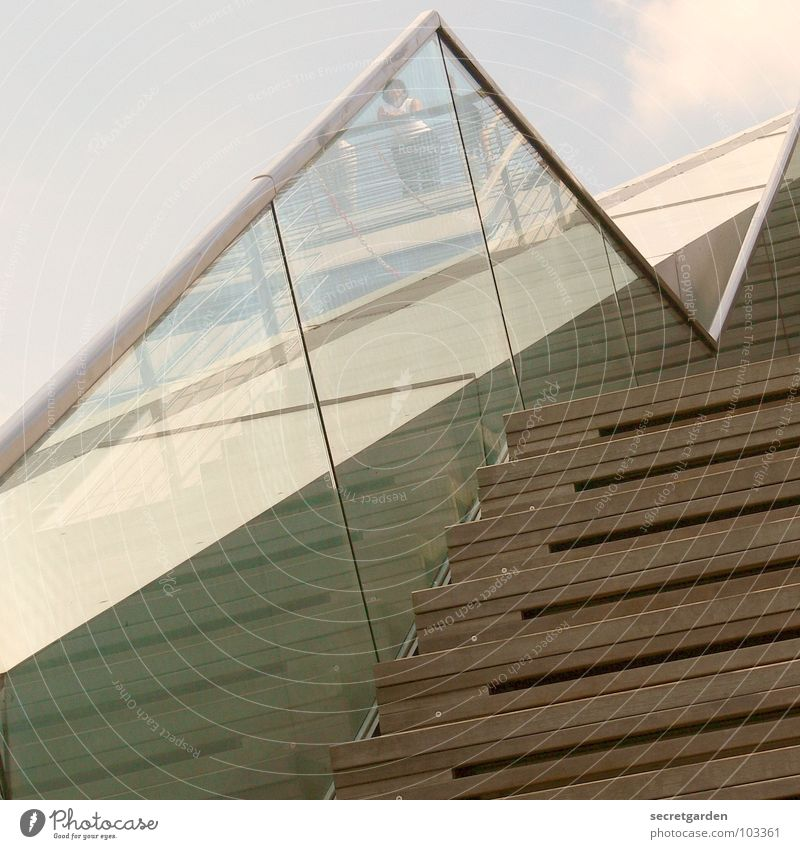 upstairs Himmel blau Sonne Sommer Wolken Einsamkeit Haus oben Holz Gebäude Regen Raum Glas hoch Beton Treppe