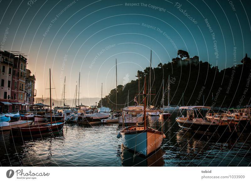 Portofino Pt.2 Ferien & Urlaub & Reisen alt Sommer Wald hell Horizont elegant Idylle Wellen authentisch ästhetisch Schönes Wetter Hügel historisch Bucht Dorf