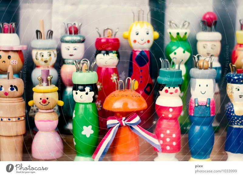 fünfzehn lieseln Kind Freude Fenster Stil Spielen Holz Menschengruppe Freundschaft Wohnung Freizeit & Hobby Häusliches Leben Design Dekoration & Verzierung