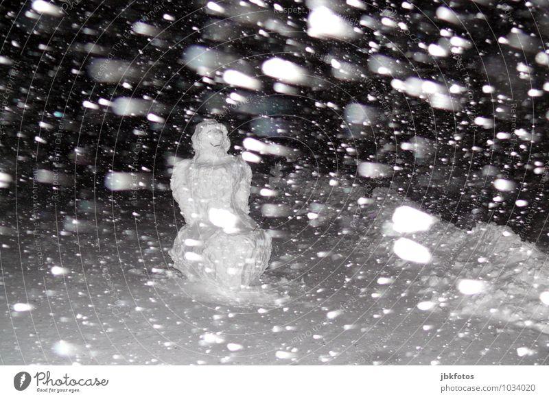 Aktuelle Wetterprognose Mensch Natur weiß Einsamkeit Winter schwarz kalt Umwelt Gefühle Schnee Schneefall maskulin träumen Eis Angst Frost