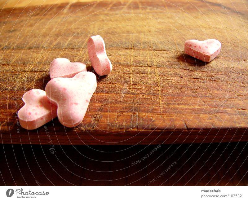 SPREAD OUT LOVE schön Einsamkeit Liebe Leben Spielen Gefühle Glück Traurigkeit Paar Beleuchtung Zufriedenheit rosa Herz mehrere Erfolg leuchten