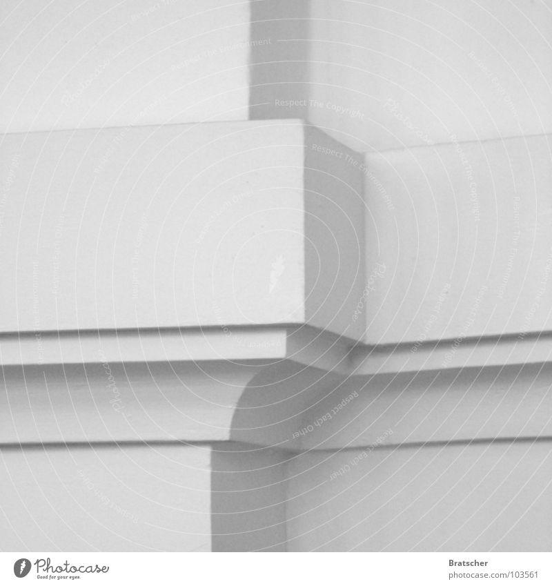 Bach Präludium und Fuge weiß Ecke grau Ornament Composing Detailaufnahme Schwarzweißfoto Strukturen & Formen Linie Architektur Sims Textfreiraum Hintergrundbild
