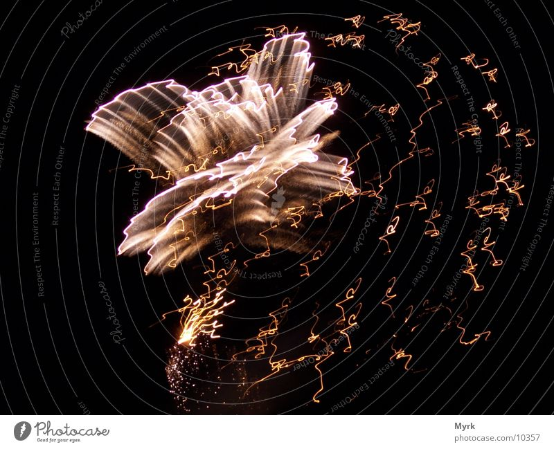 Funkenregen Nacht Silvester u. Neujahr Freizeit & Hobby Feuerwerk Brand