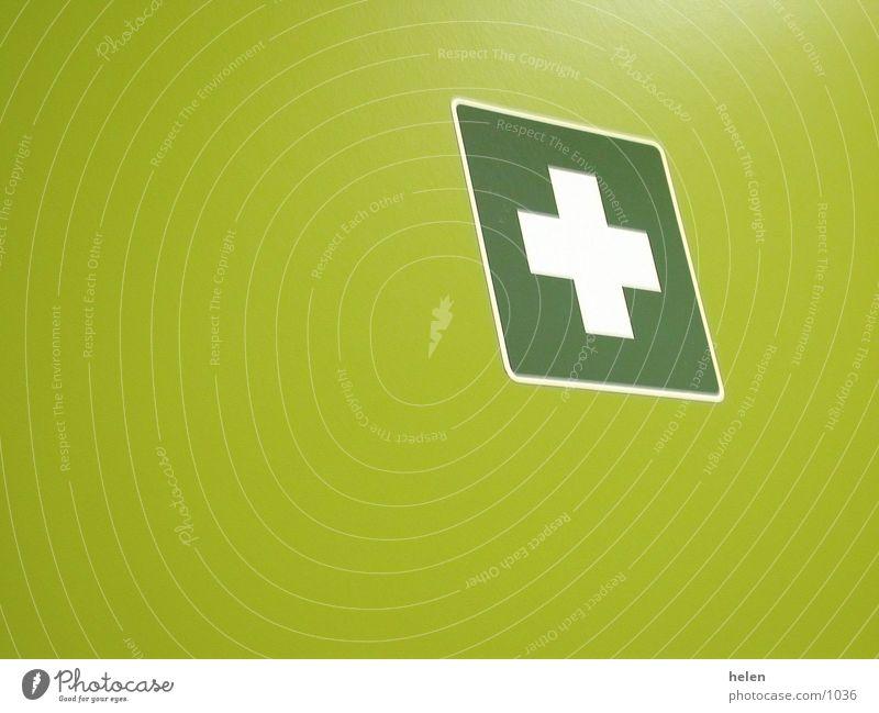 firstAid Fototechnik Tür first aid ferste hilfe Rücken