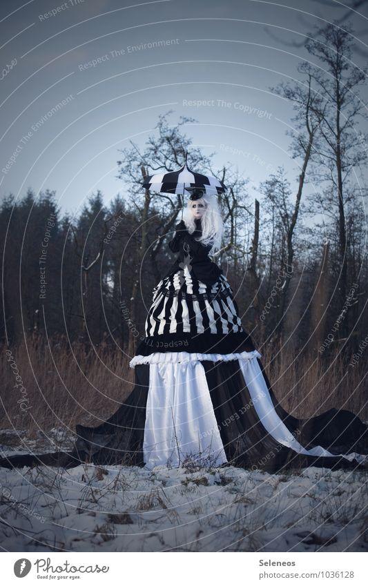 one day, there was snow Karneval Halloween Mensch feminin Frau Erwachsene 1 Subkultur Rockabilly Umwelt Natur Wolkenloser Himmel Winter Eis Frost Schnee Baum