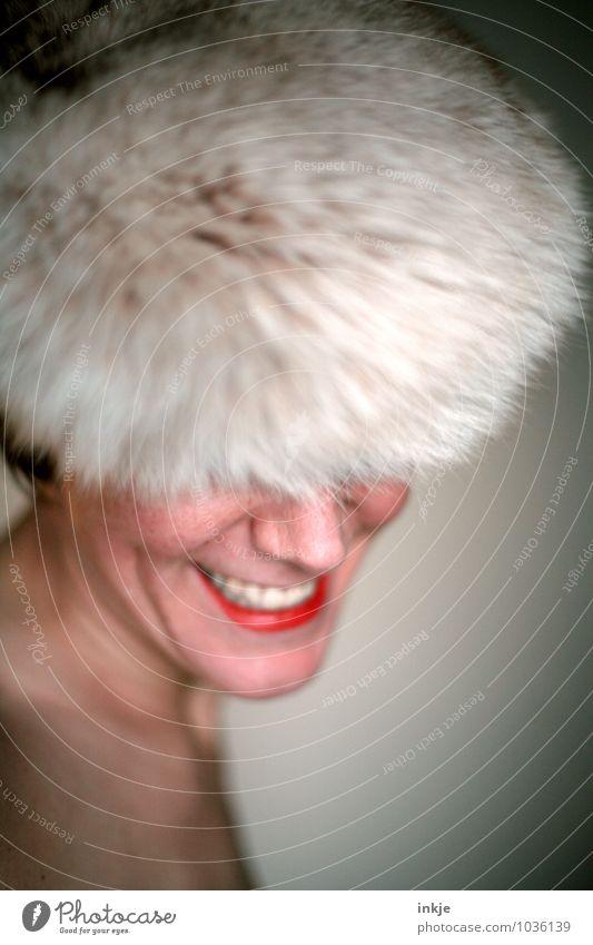 Portraitpose (ohne Hand) Frau schön Erwachsene Gesicht Leben Gefühle feminin Stil lachen Mode Lifestyle elegant Fröhlichkeit Lächeln Freundlichkeit