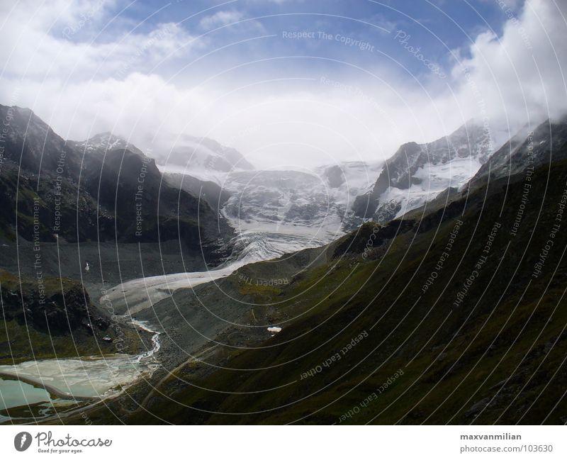 Glet.scher Gletscher See Wolken Berge u. Gebirge Eis Schnee blau Natur