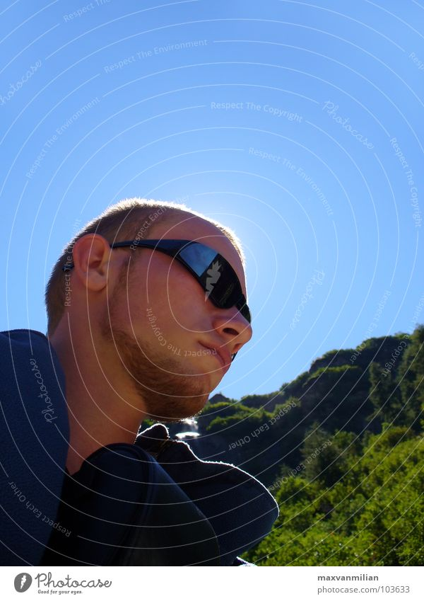 EGOshooting II Himmel blau Berge u. Gebirge träumen wandern Schweiz Sonnenbrille Brille