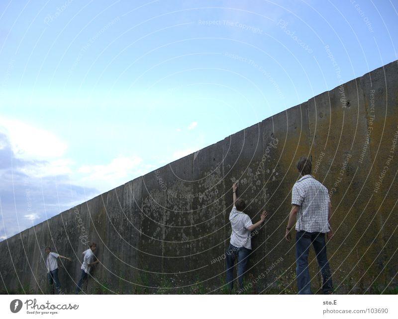 50 | dissoziative identitätsstörung pt.2 Klonen Kerl Körperhaltung stehen Durchgang Mauer Denken Wand Gedanke Osten Verkehrswege Jugendliche Mensch personenfoto