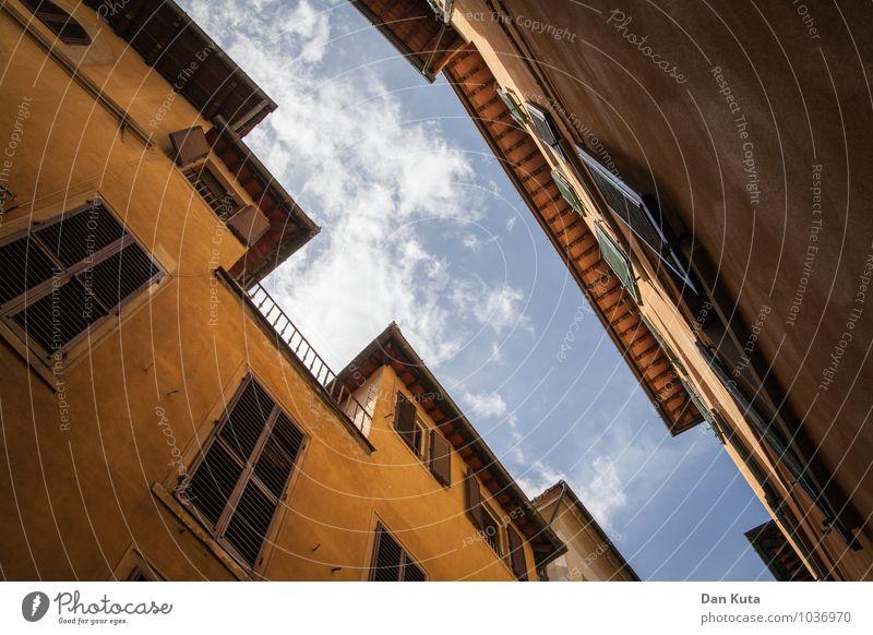 Florentiner Himmel Architektur Florenz Italien Europa Stadt Stadtzentrum Bauwerk Gebäude Mauer Wand Fassade Fenster Fensterladen alt historisch graphisch