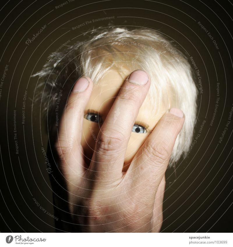 hand puppet (3) Spielzeug bedrohlich beängstigend blond Chucky gruselig Horrorfilm böse süß niedlich skurril Hand Handpuppe Marionette Angst Panik Puppe Auge