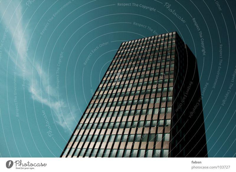 NO HEAVEN Himmel blau Ferien & Urlaub & Reisen Sommer Haus Gebäude Business Arbeit & Erwerbstätigkeit Kraft Zusammensein Zeit Hochhaus Pause Macht