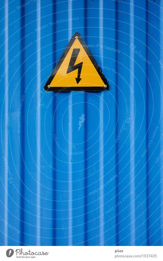 Flash Stahl Zeichen Schilder & Markierungen Hinweisschild Warnschild Linie blau gelb schwarz Warnhinweis Elektrizität Dreieck Blitze Symbole & Metaphern Blech