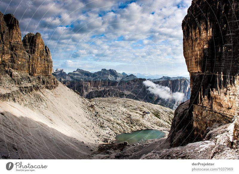 Gerahmte Aussicht in den Dolomiten Ferien & Urlaub & Reisen Tourismus Ausflug Abenteuer Ferne Berge u. Gebirge Umwelt Natur Landschaft Pflanze Tier Urelemente