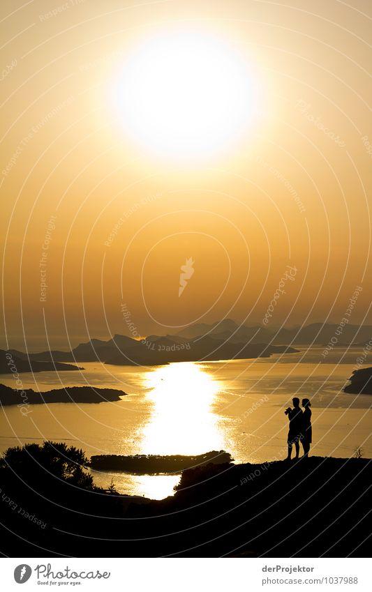 Und noch mal kuscheln Ferien & Urlaub & Reisen Tourismus Ausflug Ferne Freiheit Sommerurlaub Mensch Paar Körper 18-30 Jahre Jugendliche Erwachsene Umwelt Natur