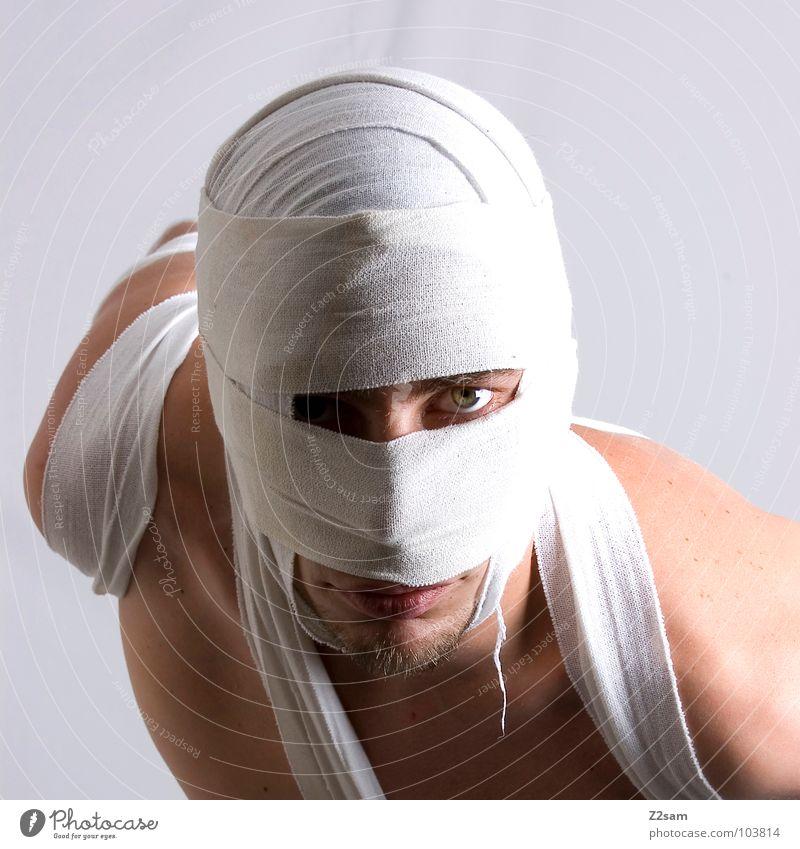 """""""Die Mumie"""" Mann Gesicht Auge Tod Sand gefährlich Wüste geheimnisvoll außergewöhnlich Bart verstecken böse Geister u. Gespenster mystisch Schleier wickeln"""