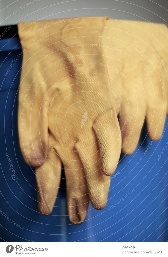 Forum Zubehör Reinigen Handschuhe Gummi Eimer Wischen Sauberkeit Sozialer Dienst Dienstleistungsgewerbe Handwerk Statue schrubben reinemachen reinigungskraft