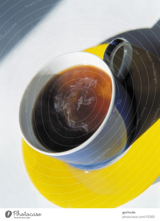 kaffee blau gelb Ernährung rund Kaffee heiß Kaffeetasse Untertasse Heißgetränk Tragegriff