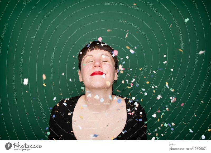 """konfettiserie """"green"""" Mensch Jugendliche grün Junge Frau Freude Leben Glück Feste & Feiern Party Zufriedenheit Geburtstag frei Energie Fröhlichkeit verrückt Lächeln"""