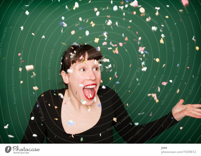 """konfettiserie """"green"""" Mensch Jugendliche grün Junge Frau Freude Leben Glück lachen Feste & Feiern Party wild Geburtstag frei Fröhlichkeit verrückt genießen"""