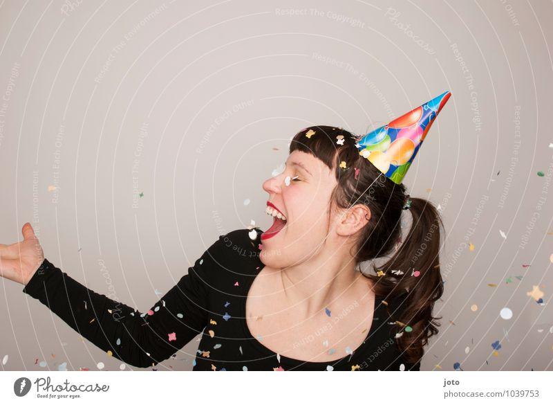 hey ho Freude Glück Zufriedenheit Party Feste & Feiern Karneval Silvester u. Neujahr Geburtstag Lächeln werfen frech frei Fröhlichkeit lustig positiv verrückt