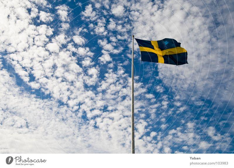 Sverige Fahne Fahnenmast Wolken Schweden Weitwinkel Himmel