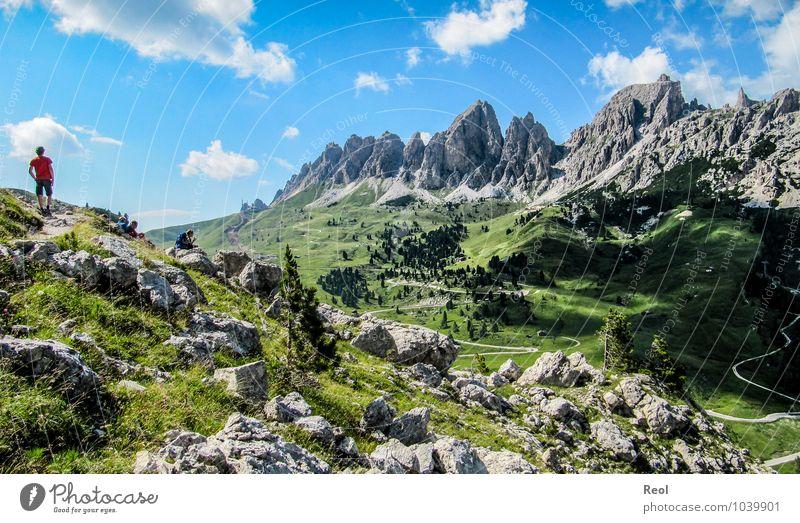 Dolomitien Mensch Himmel Natur Ferien & Urlaub & Reisen blau grün Sommer Baum Erholung Landschaft Wolken Berge u. Gebirge grau Menschengruppe Erde Tourismus