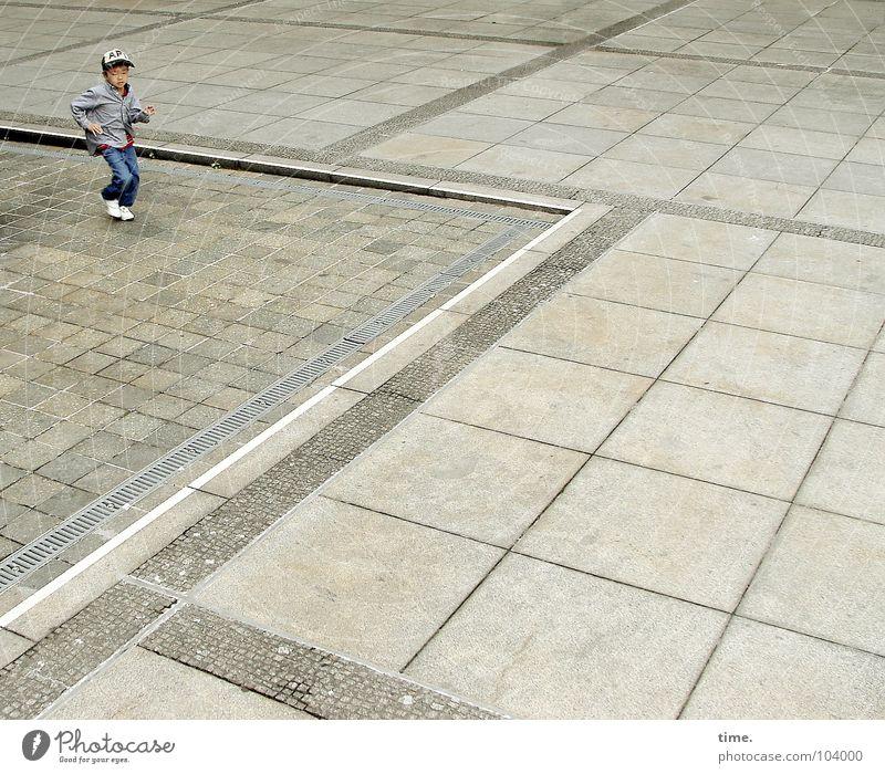 Dancing With Myself - II Freude Junge Bewegung Glück Stein Kunst Tanzen laufen rennen Kultur Ausdauer Bodenplatten Kunsthandwerk Lunge Koreaner außer Atem