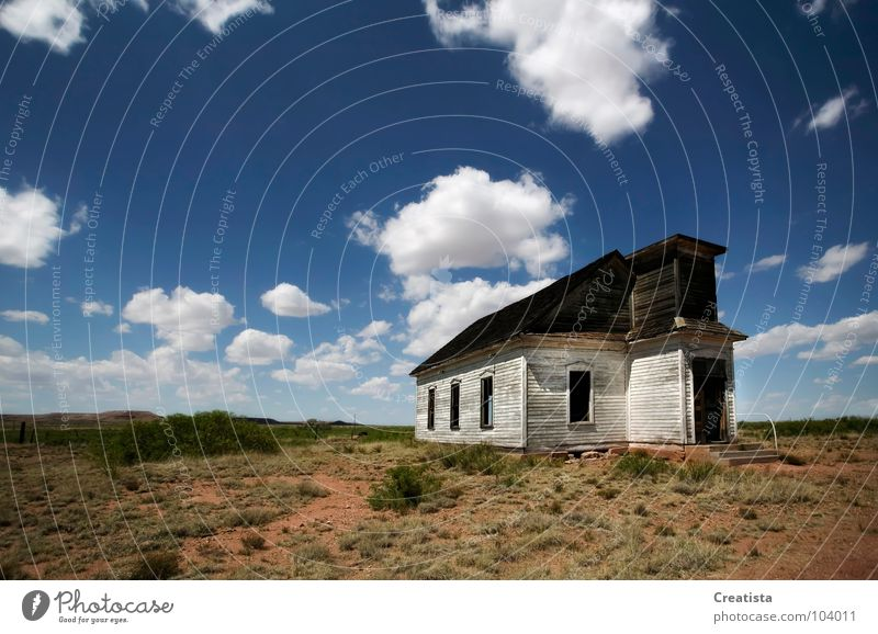Abandoned Rural Church Himmel Religion & Glaube Länder Kumulus Gotteshäuser Holzmehl