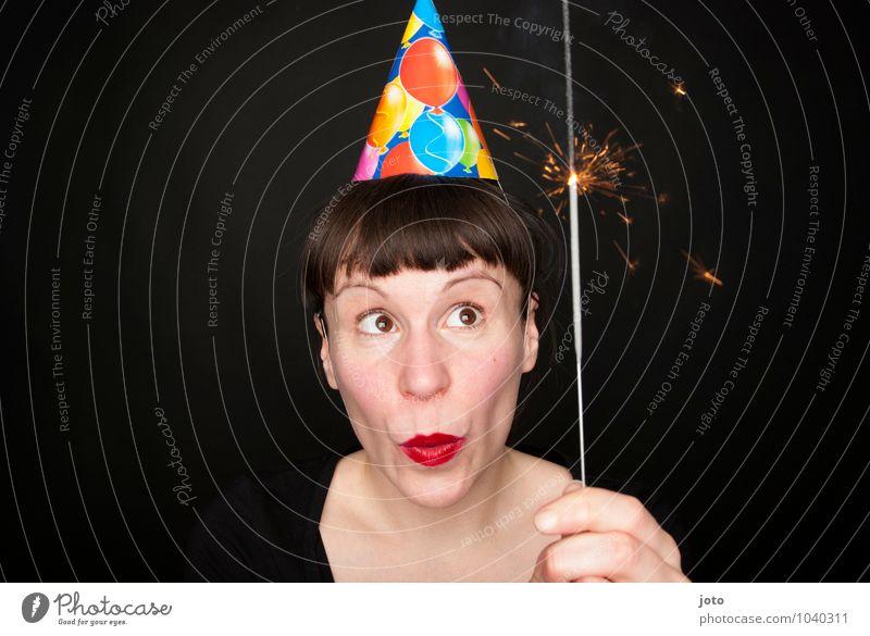 wunderkerze Freude Lippenstift Nachtleben Party Feste & Feiern Karneval Silvester u. Neujahr Geburtstag Kerze glänzend leuchten Glück Fröhlichkeit Lebensfreude