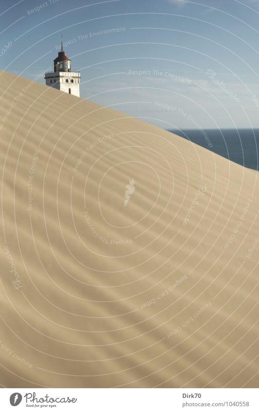 Sand, Sand, Sand und Meer ... Ferien & Urlaub & Reisen blau weiß Wasser Sommer Einsamkeit rot Landschaft Strand Ferne schwarz Küste Linie braun