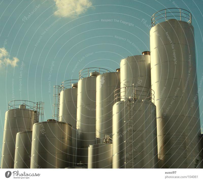 Got milk? Kessel Gewerbe Fabrik Molkerei Industrie Milcherzeugnisse Tank Sammelbehälter Milchhandel